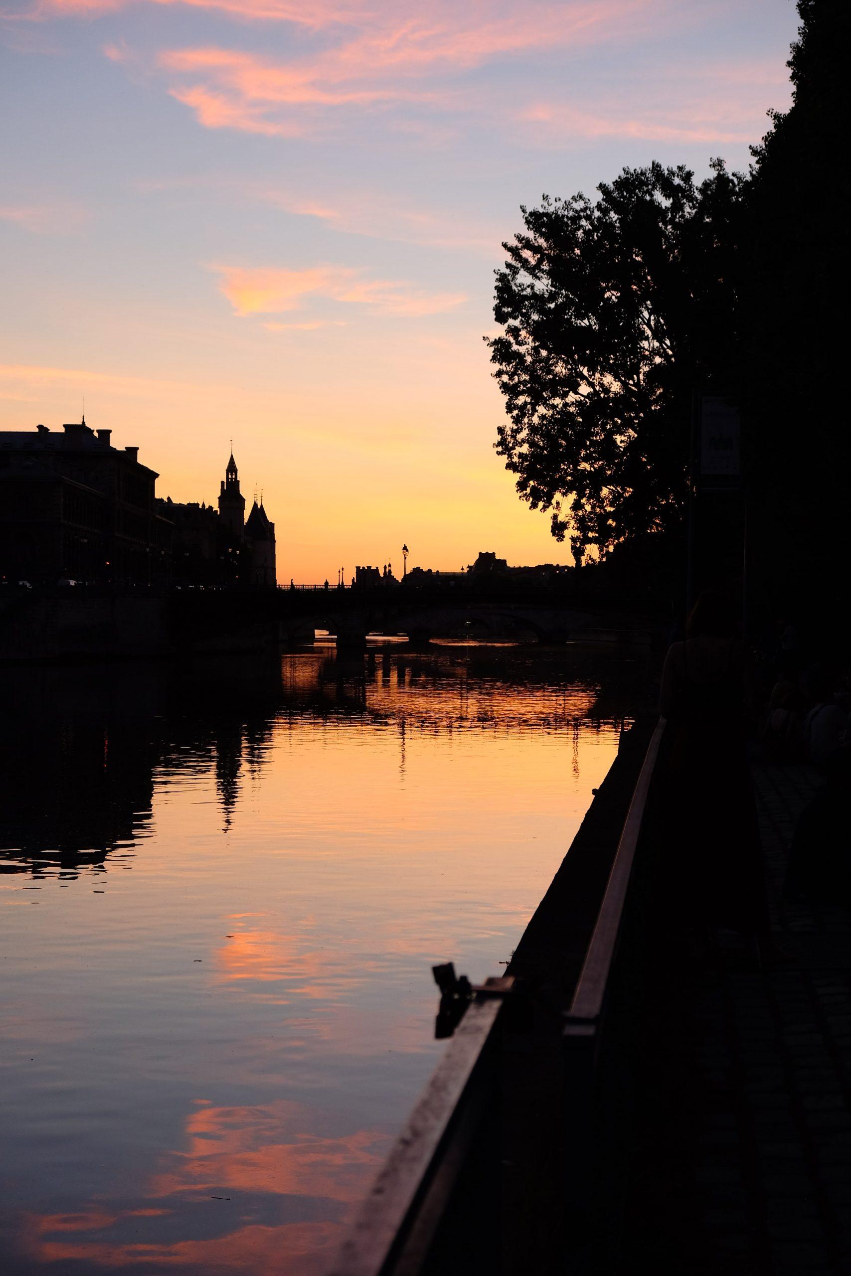Paris_Seine au coucher du soleil